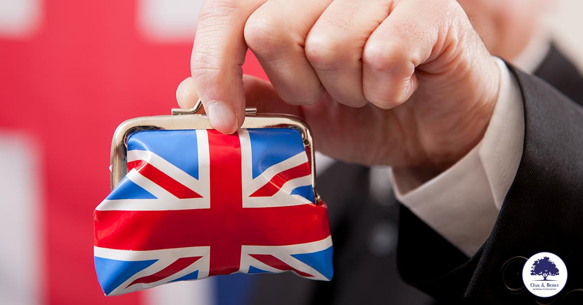 Sprawdź, ile może wynieść emerytura w UK dla dyrektora spółki LTD, z jakich elementów się składa i jakie warunki musisz spełnić, aby ją otrzymać